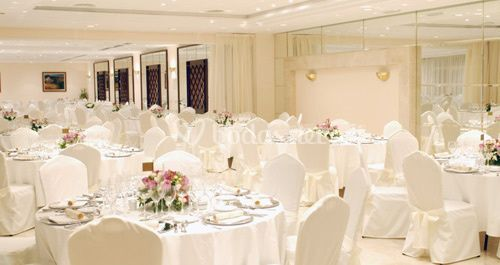 Banquete en salones