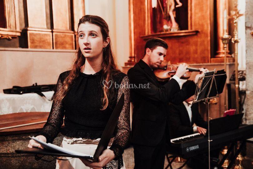 Trío soprano violín y piano