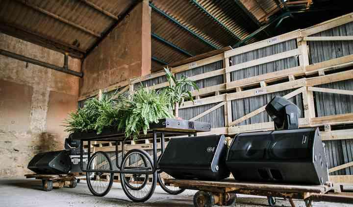 Cabina dj industrial
