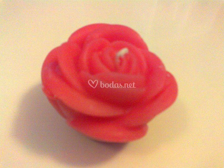 Vela en forma de rosa
