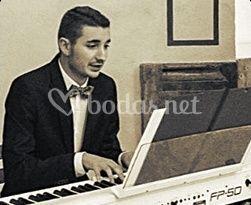 Piano - Antonio