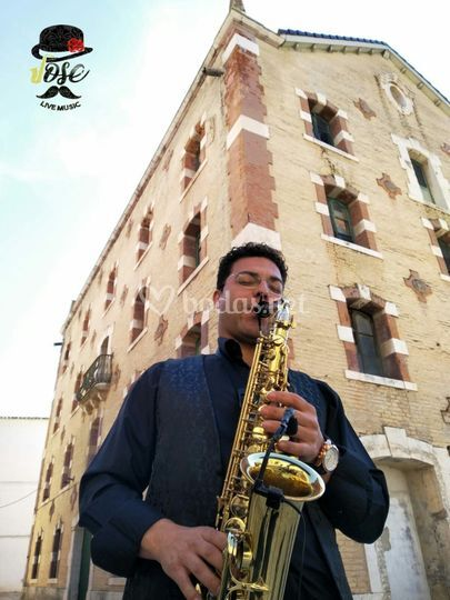 Jose Diaz saxofonista