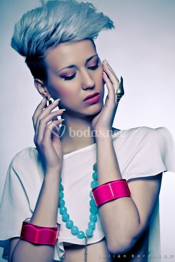 Editorial Touch of color