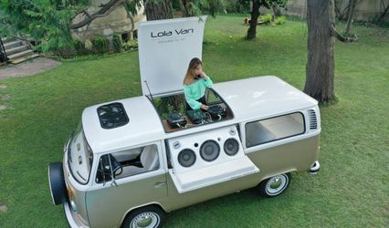 Lola Van