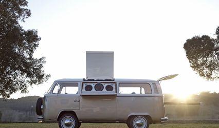 Lola Van 1