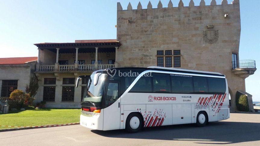 Autobus en Parador de Baiona