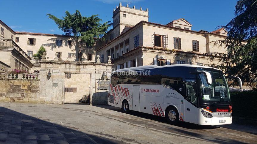 Autobús en Parador de Pontevedra