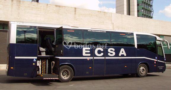 Autobús adaptado a discapacitados