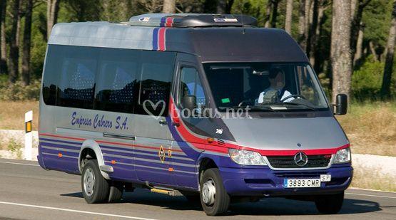 Microbús para 19 o 16 pasajeros