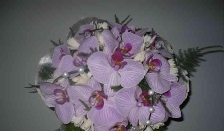 Ramode phalaenopsis morada y nardos