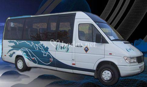 Microbus de 16 plazas