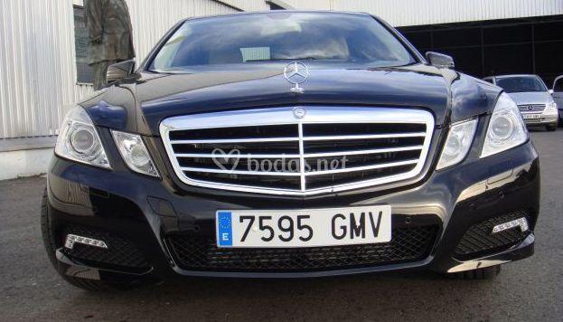 Lujoso Mercedes