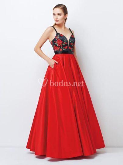 Vestido largo rojo princesa