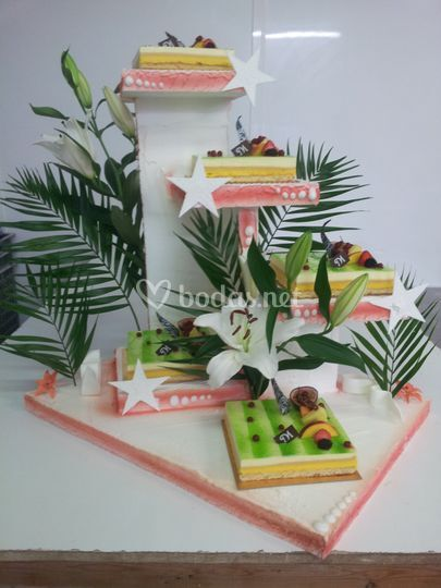 Tarta boda tropical