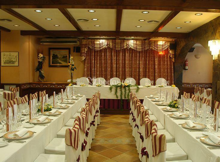 Salón para el banquete de bodas