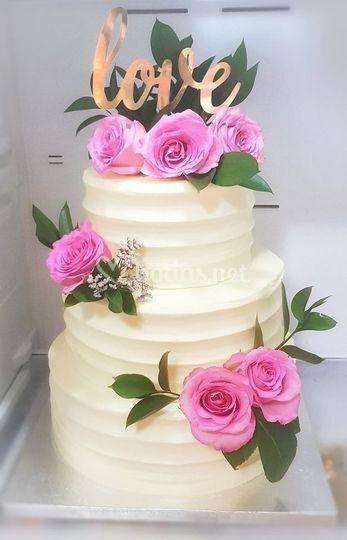 Pastel para boda decorado