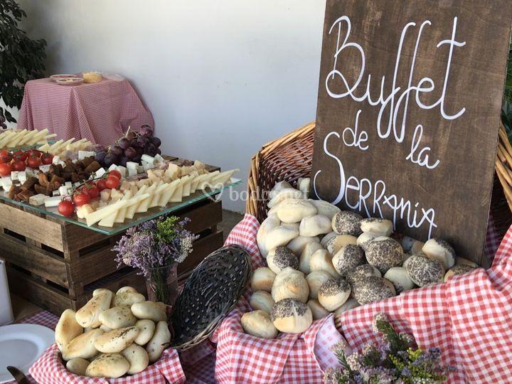Nuestro buffet Serranía