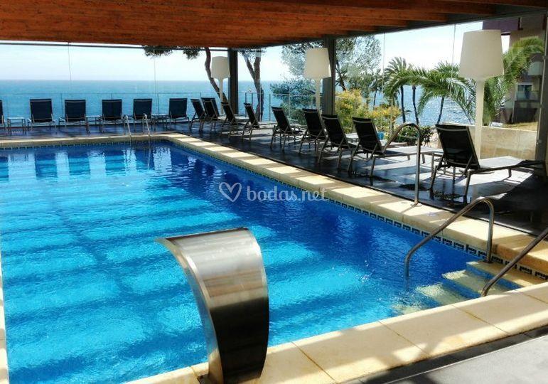Piscina cubierta de hotel riu bonanza playa foto 7 for Piscina cubierta alminares granada