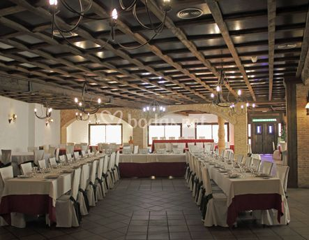 Amplio salón para banquetes