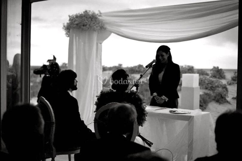 Ángela Paúl - Oficiante de ceremonias