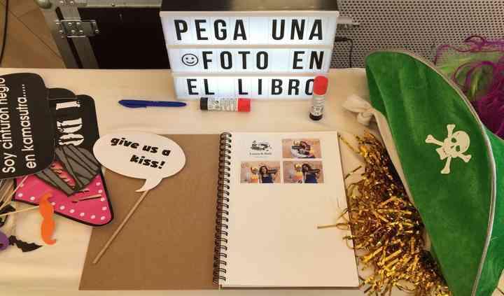 Fotoparty - Fotomatón y Photocall