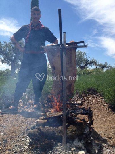 Haciendo el asado en Cruz (Talavera)