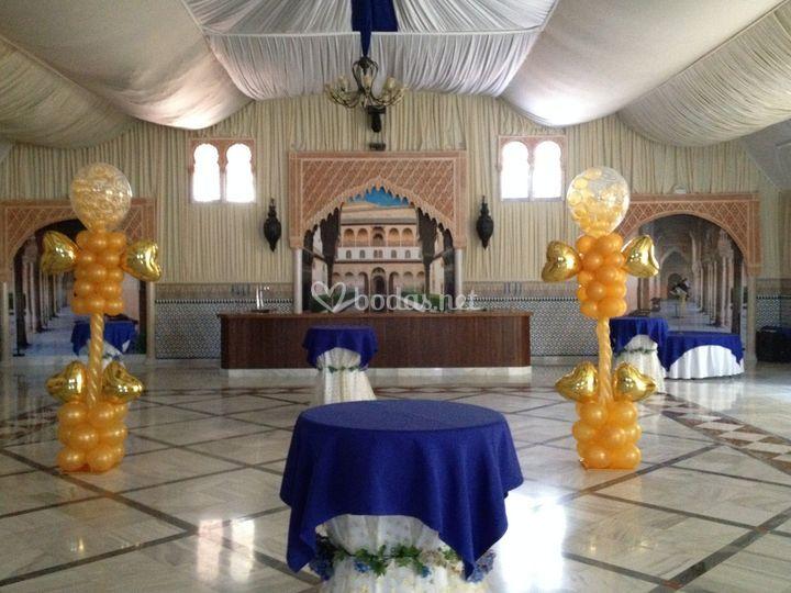 Columnas con globos boda