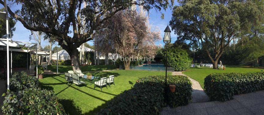 Foto panorámica de los jardines
