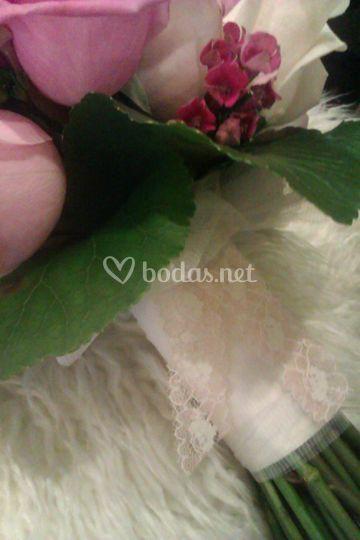 Atado ramo de novia