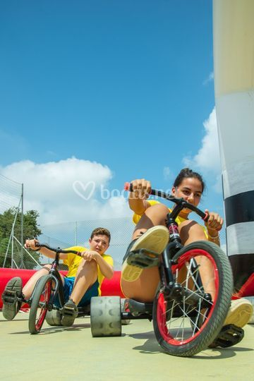 Trikes race