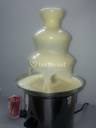 Fuente chocolate blanco
