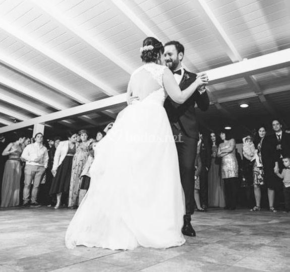 Baile en la terraza cubierta