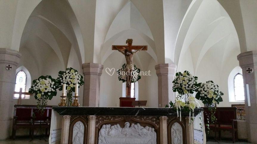 Altar sobrio y elegante