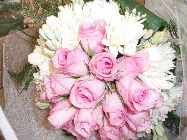 Ramo d rosas rosas