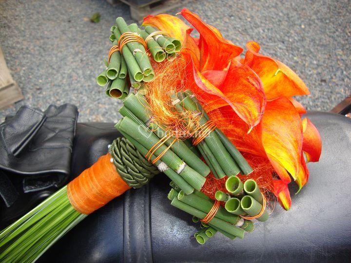 Elegante ramo naranja de Flors la Rasa Torredembarra