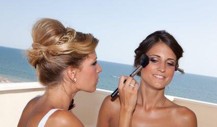 Make Up Easy 1