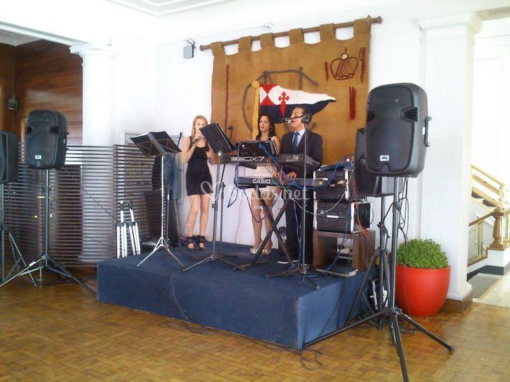 Sol y Luna - Dúo musical y dj