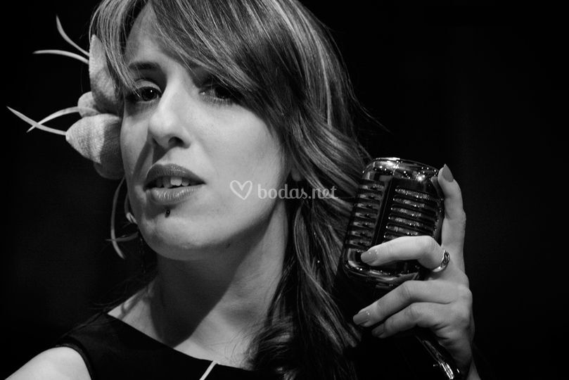 Esther voz