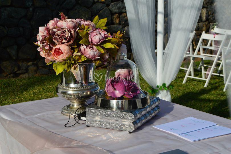Decoración de mesa de ceremoni