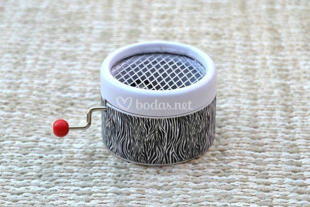 Mini caja de música cebra
