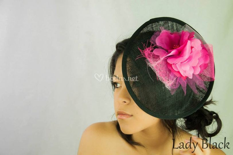 Con flor rosa