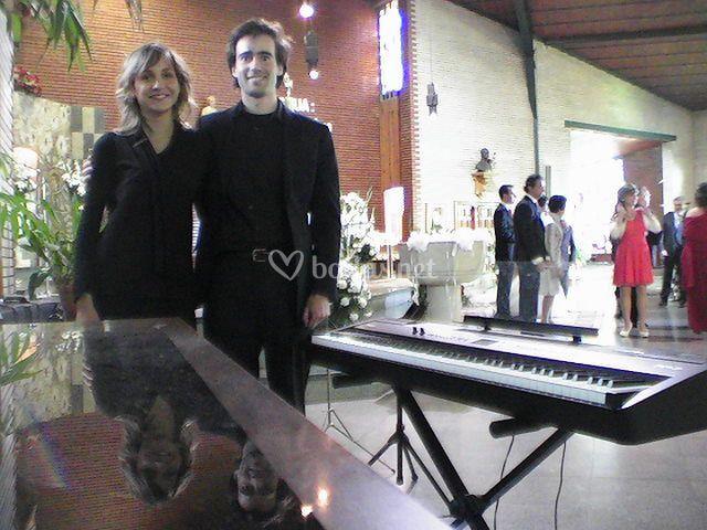 Dúo boda religiosa