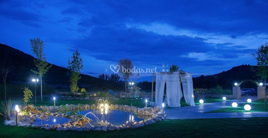 Jardín nocturno