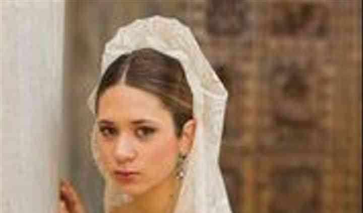 Encarnita Mantillas y velos de novia