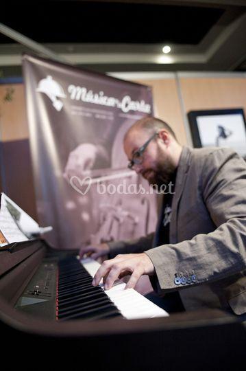 Pianista. Octubre 2013
