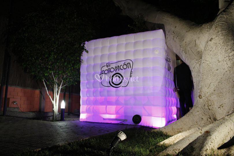 Cabina Igloo de noche