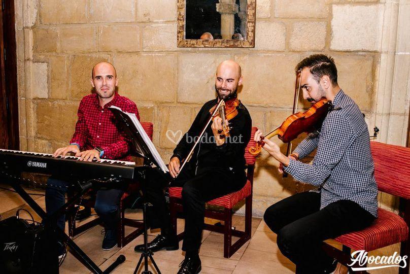 2 Violines y Piano