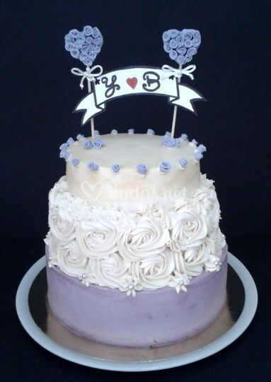 Tarta de boda acabado crema