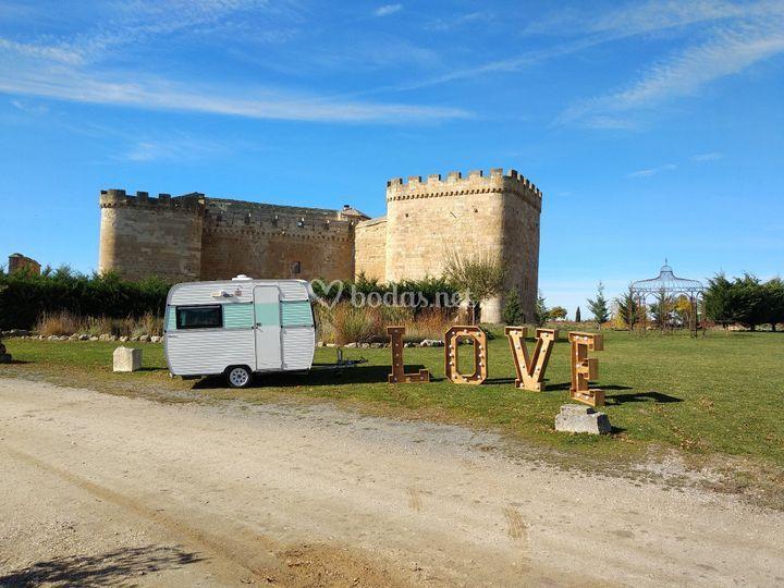 Caravana y letras
