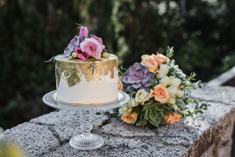 Flor Natural y Pan de Oro
